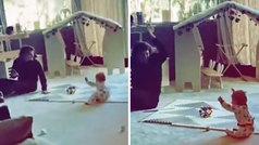 El entrañable vídeo de Griezmann bailando con su hijo con las manos arriba