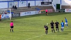 El Almansa sorprende y ejecuta, a su manera, el 'penalti de Cruyff'
