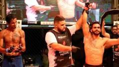 Le regala la bolsa de la pelea a su necesitado rival, al que ganó por KO