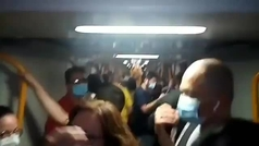 Atrapados 15 minutos en el Metro de Madrid en un vagón atestado de gente