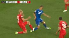 Increíble que fuera el VAR quien tuviera que expulsar al jugador, ¡salvajada en la Bundesliga!