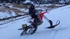 """Marc Márquez monta sobre la nieve en una espectacular moto: """"¿Motocross o moto de nieve?"""""""