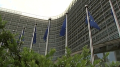 UE pacta con Pfizer adelantar 50 millones de dosis para cubrir retrasos