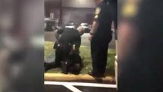 Expolicía de Miami Gardens es arrestado por colocar su rodilla sobre el cuello de una mujer