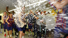 El Barça desata la locura para celebrar su triunfo
