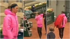 Lo nunca visto: Azarenka se queja del frío y abandona la pista en Roland Garros