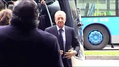 El Madrid pasea la Copa por la capital y promete volver con más