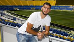 """Rafa Mir: """"En Las Palmas he crecido como jugador y como persona"""""""