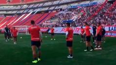Chivas entrena a puerta abierta previo a viajar al Mundial de Clubes