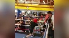 El heredero de Muhammad Ali: un joven boxeador intocable se hace viral por sus esquivas