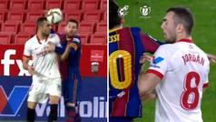 Encontronazo entre Joan Jordán y Messi, el argentino se revuelve... ¡y amarilla para el sevillista!