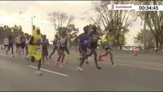 Corre el medio maratón de Toronto  disfrazado de plátano y bate un récord mundial