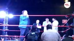 Triunfo de Atlantis y homenaje al Villano III en la Expo de Lucha Libre