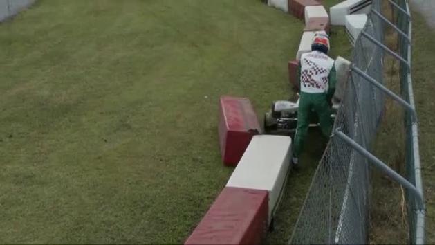 Anuncia su retirada el piloto de karting que lanzó su paragolpes contra un rival