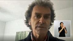 Fernando Simón reaparece por videoconferencia y con buen aspecto tras dar positivo