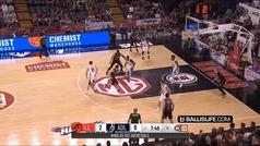LaMelo Ball dibuja la jugada del año en Australia: doble engaño trasero para alucinar a su rival