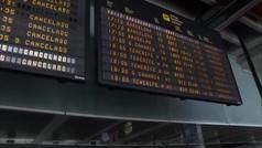 El aeropuerto de La Palma está inoperativo por acumulación de ceniza