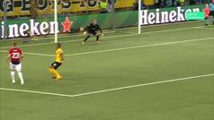 Gol de Pogba (p.) (0-2) en el Young Boys 0-3 Manchester United