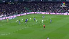 Gol de Maripán (1-1) en el Betis 1-1 Alavés