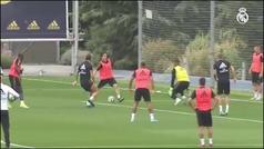 Valverde vuelve al grupo y Modric e Isco pisan el césped de Valdebebas
