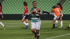 Cinthya Peraza hace espectacular gol de escorpión ante Chivas
