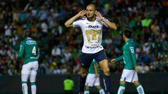 Carlos González adelanta a Pumas sobre León al medio tiempo