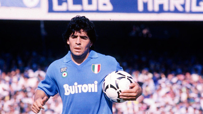 Maradona cumple 57 años  revive su maravilloso calentamiento a ritmo ... 7f515251c35c4