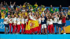 """Subidón y lágrimas de la selección femenina de fútbol playa: """"¡Campeonas del mundo!"""""""