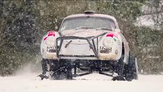 A este Porsche 356 no le frena la nieve