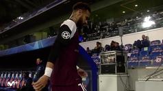Neymar se lesiona en el muslo y tiene que ser sustituido a los 26 minutos