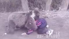 El brutal entrenamiento de Khabib Nurmagomedov con un osezno