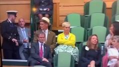 El extraño comportamiento de Woody Harrelson en un palco de Wimbledon