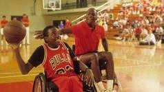 El día que Michael Jordan jugó con un niño en silla de ruedas... ¡y perdió!