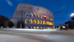 Ésta sí es buena excusa para conducir por Roma ?a todo gas?