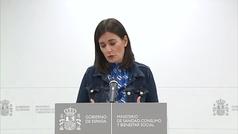 Dimite la ministra Carmen Montón por las irregularidades de su máster