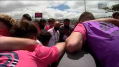 La piña más madridista de Raúl con sus jugadores del Castilla