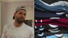 Agüero desvela que guarda todas las camisetas con las que marca un gol: ¡tiene un armario lleno!