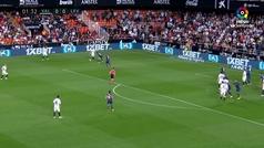 Gol de Santi Mina (1-0) en el Valencia 3-1 Levante