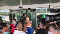 Vidal pillado en el aeropuerto de Barcelona, su punto y final del Barça más cerca