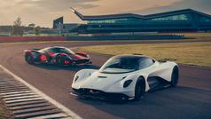 Los Aston Martin Valkyrie y Valhalla, juntos por primera vez