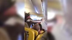 Dos hombres se pelean en un vuelo entre Glasglow y Tenerife