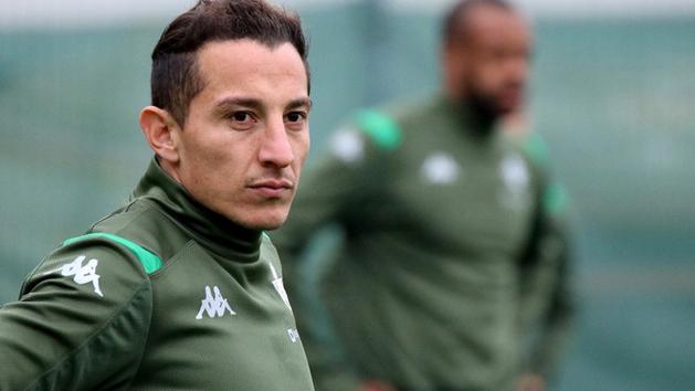 Así fue el regreso de Guardado y Lainez a los entrenamientos del Betis