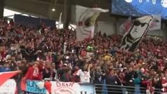 La espectacular entrada de Marc Márquez 'quemando rueda' en el estadio del RB Leipzig