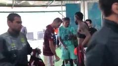 Un jugador del Chapecoense vuelve a hacer de las suyas: ¡pide que le cambien dos camisetas y no entr
