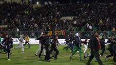 La masacre de Port Said: 74 muertos tras enfrentamientos en un estadio de Egipto