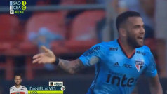 Primer gol de Dani Alves con el Sao Paulo con participación de Juanfran