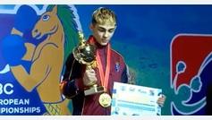 El hijo de Rafa Lozano gana el Europeo joven y le ponen el himno de Pemán