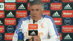 """Ancelotti: """"""""Si le pido que haga de Rodrygo me voy a equivocar; y al revés, también"""""""