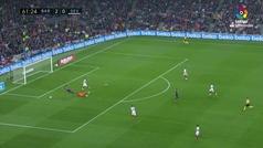 Gol de Luis Suárez (p.) (3-0) en el Barcelona 4-2 Sevilla