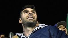 Boselli convive con los aficionados en el partido de León y Alebrijes